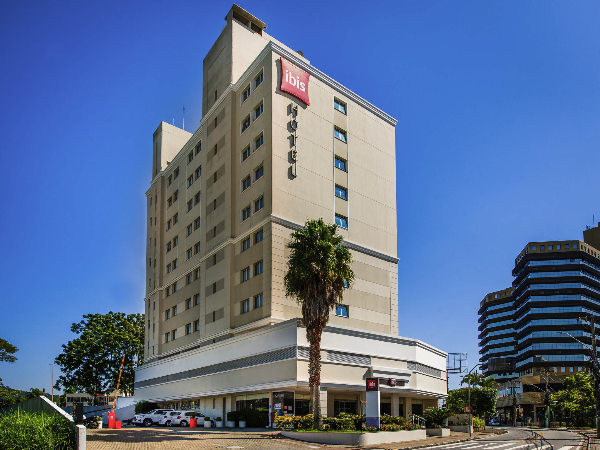 Hotell – ibis São José