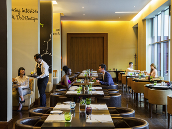 Restaurant - Novotel Suites Dubai Mall of the Emirates