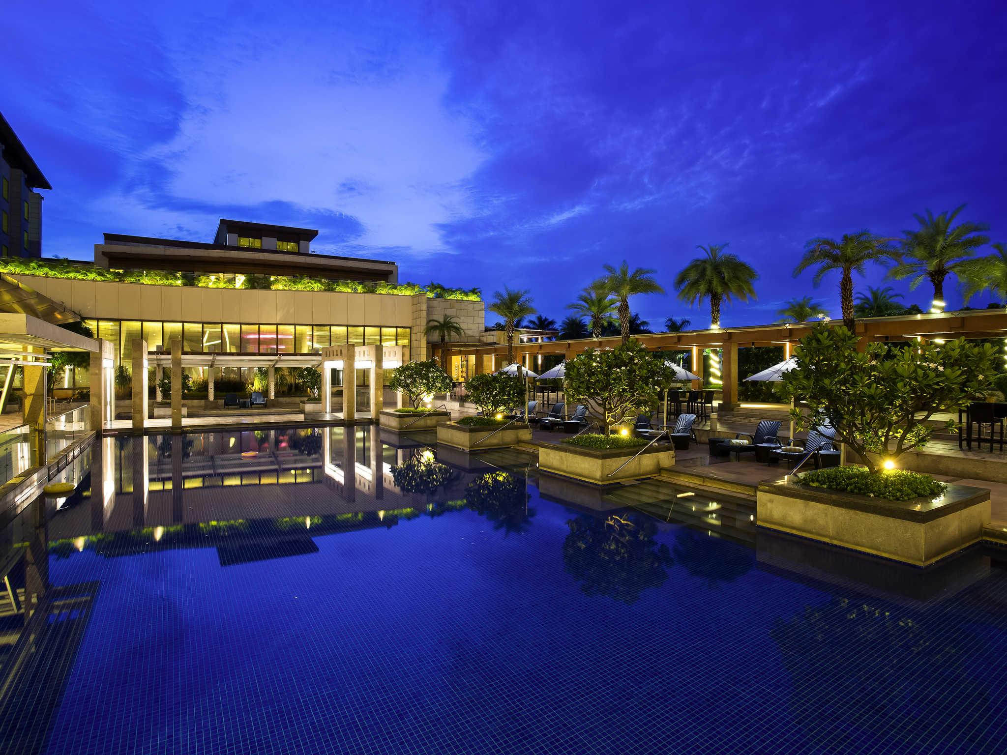 Hotel Novotel Hyderabad Airport