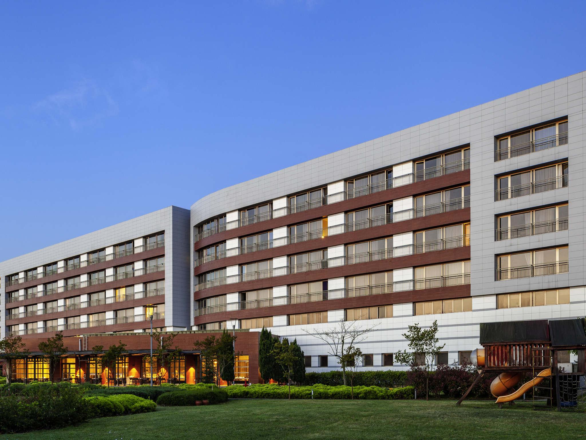 호텔 – Novotel Trabzon