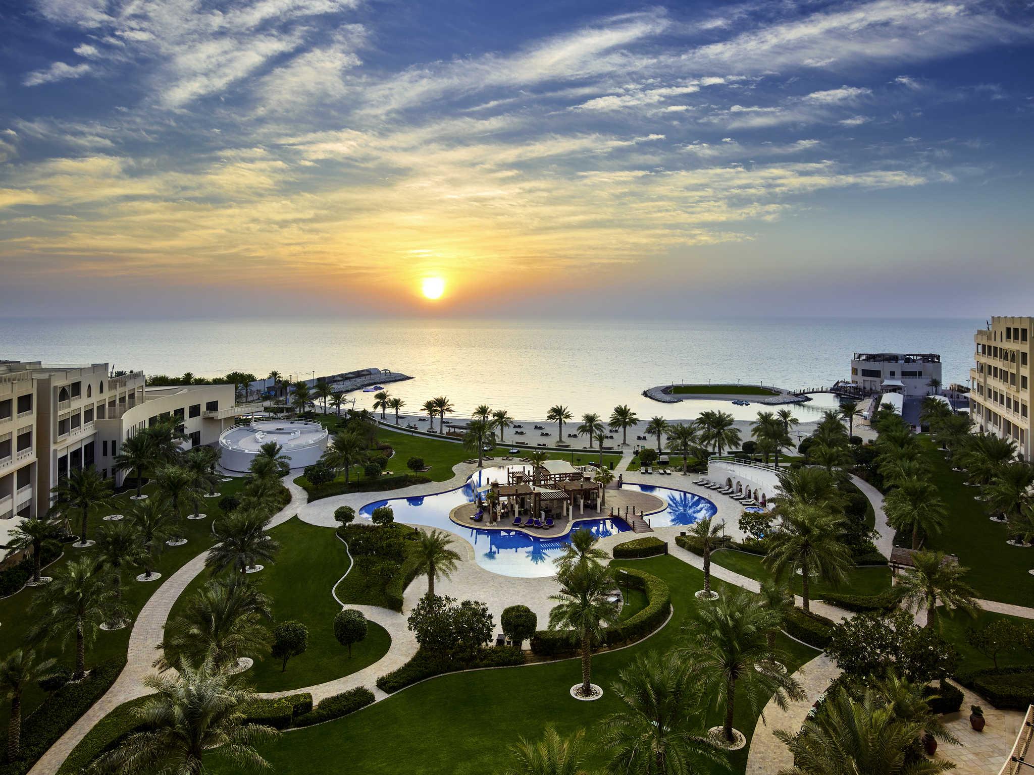 Шикарный отель в Бахрейне !