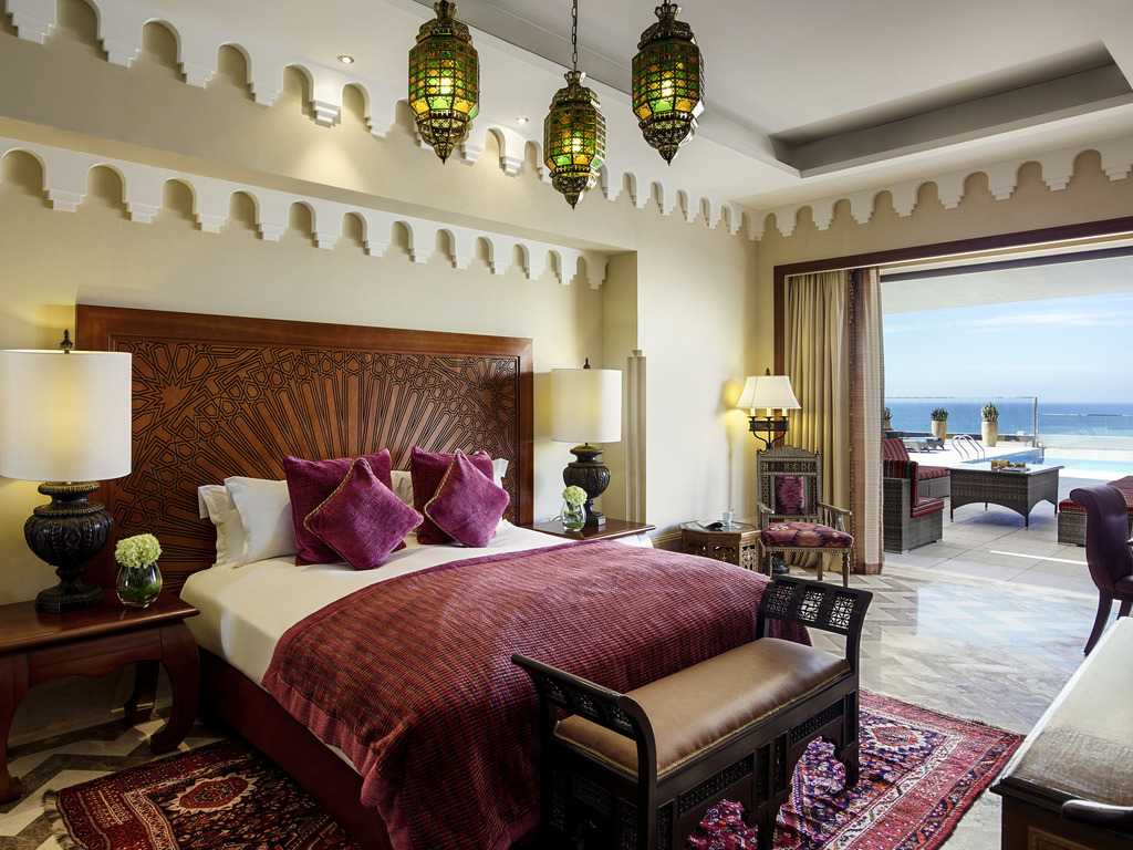Opera Suite 1 King Size Bed Living Room Rooftop Terrace Infinity Pool Butler Service