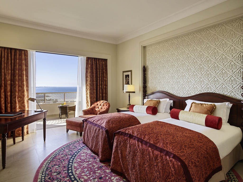 LUXURY ROOM 2 Single Size Beds Seaview