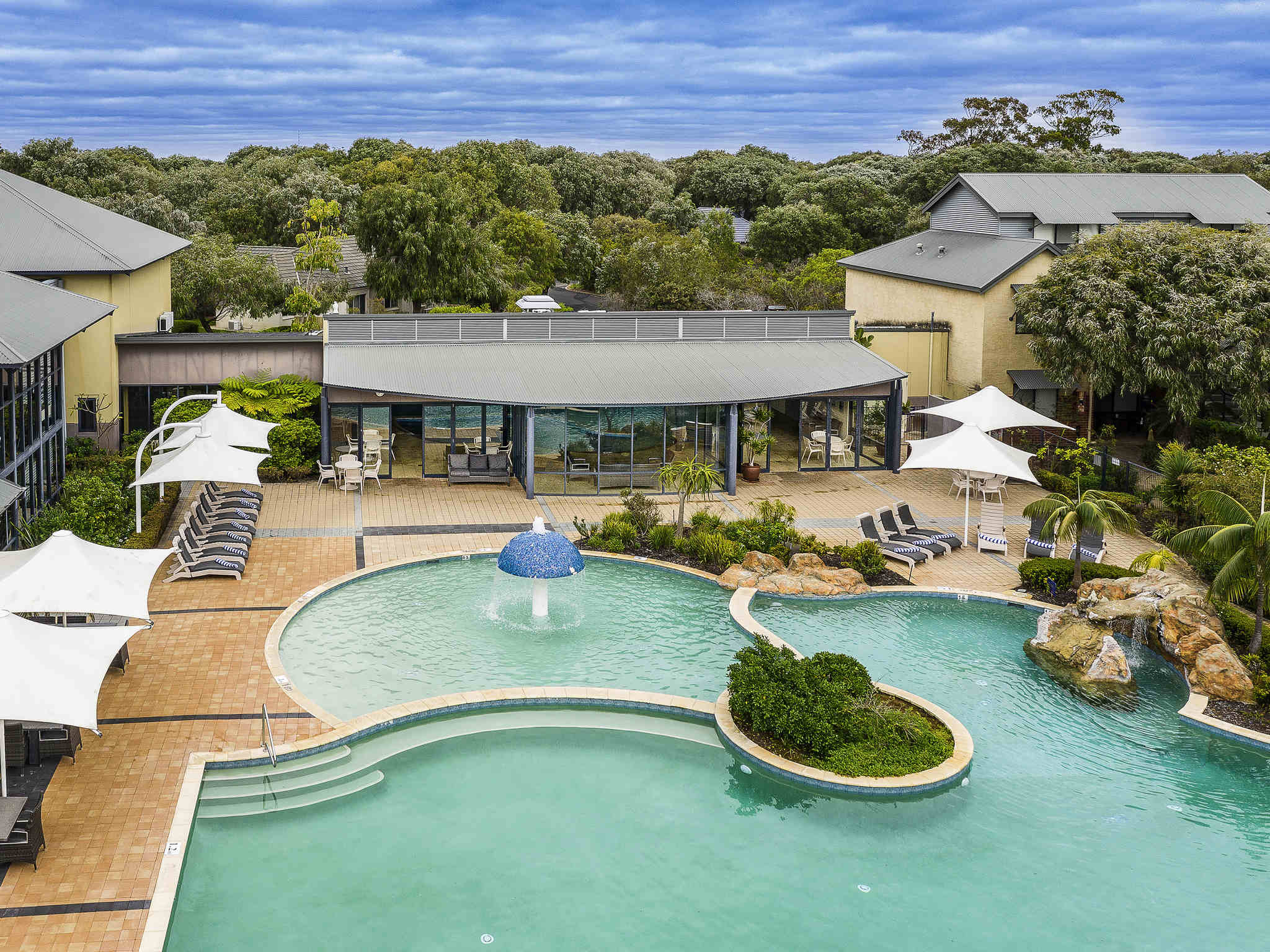 โรงแรม – The Sebel Busselton