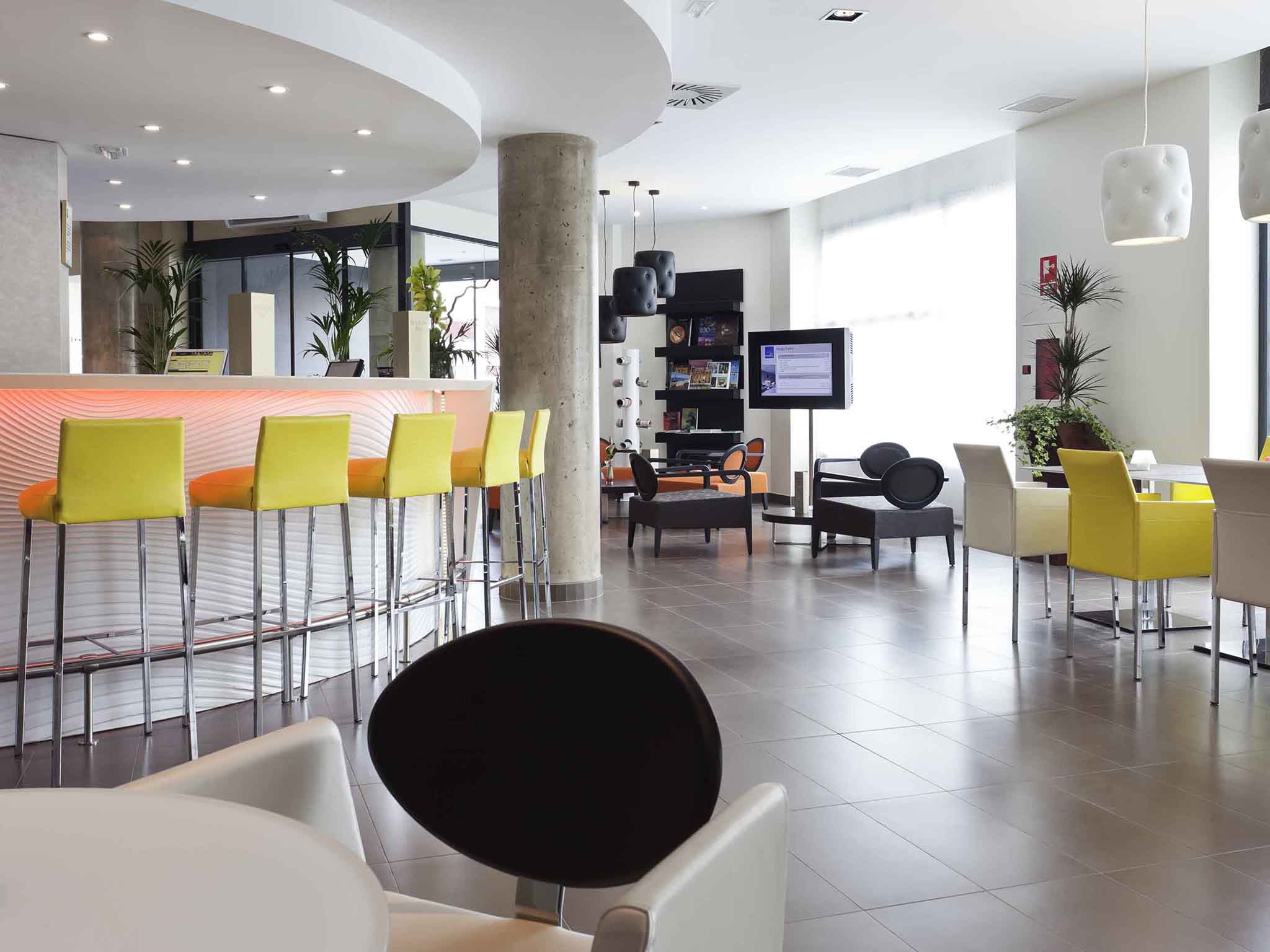 Hotel in MALAGA - Book at this modern Novotel Suites in Malaga
