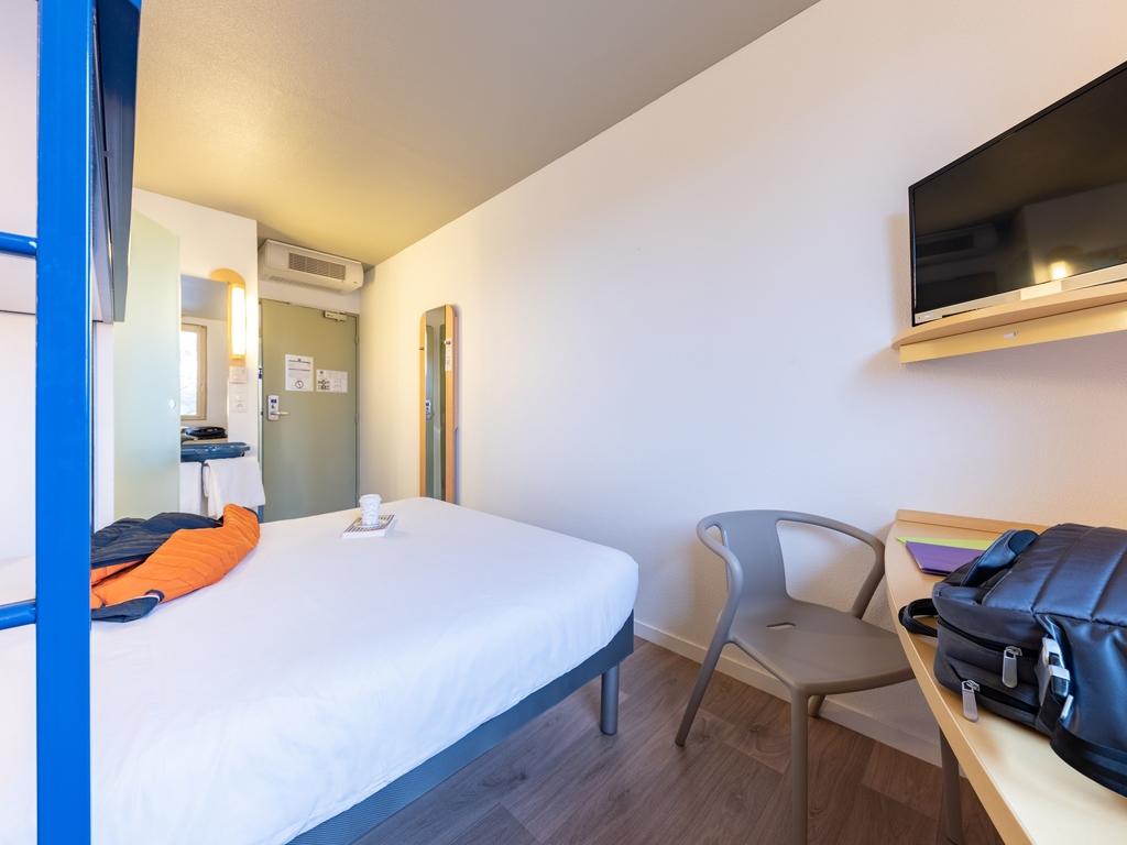 hotel pas cher bourg en bresse ibis budget bourg en bresse. Black Bedroom Furniture Sets. Home Design Ideas