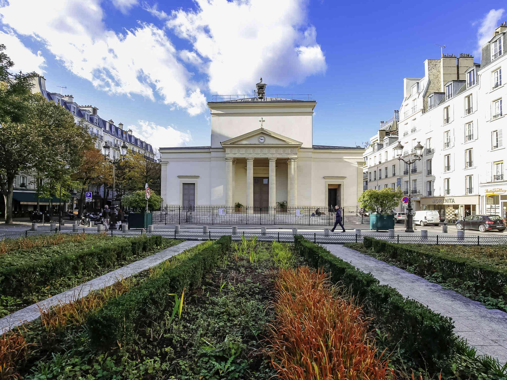 Hotel In Paris Aparthotel Adagio Paris Buttes Chaumont