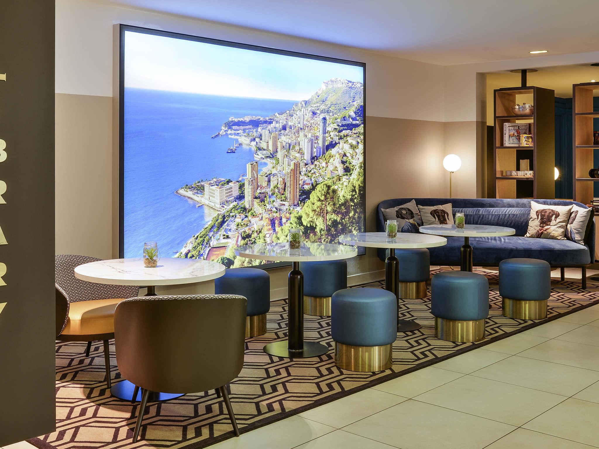 Otel – Aparthotel Adagio Monaco Monte-Cristo