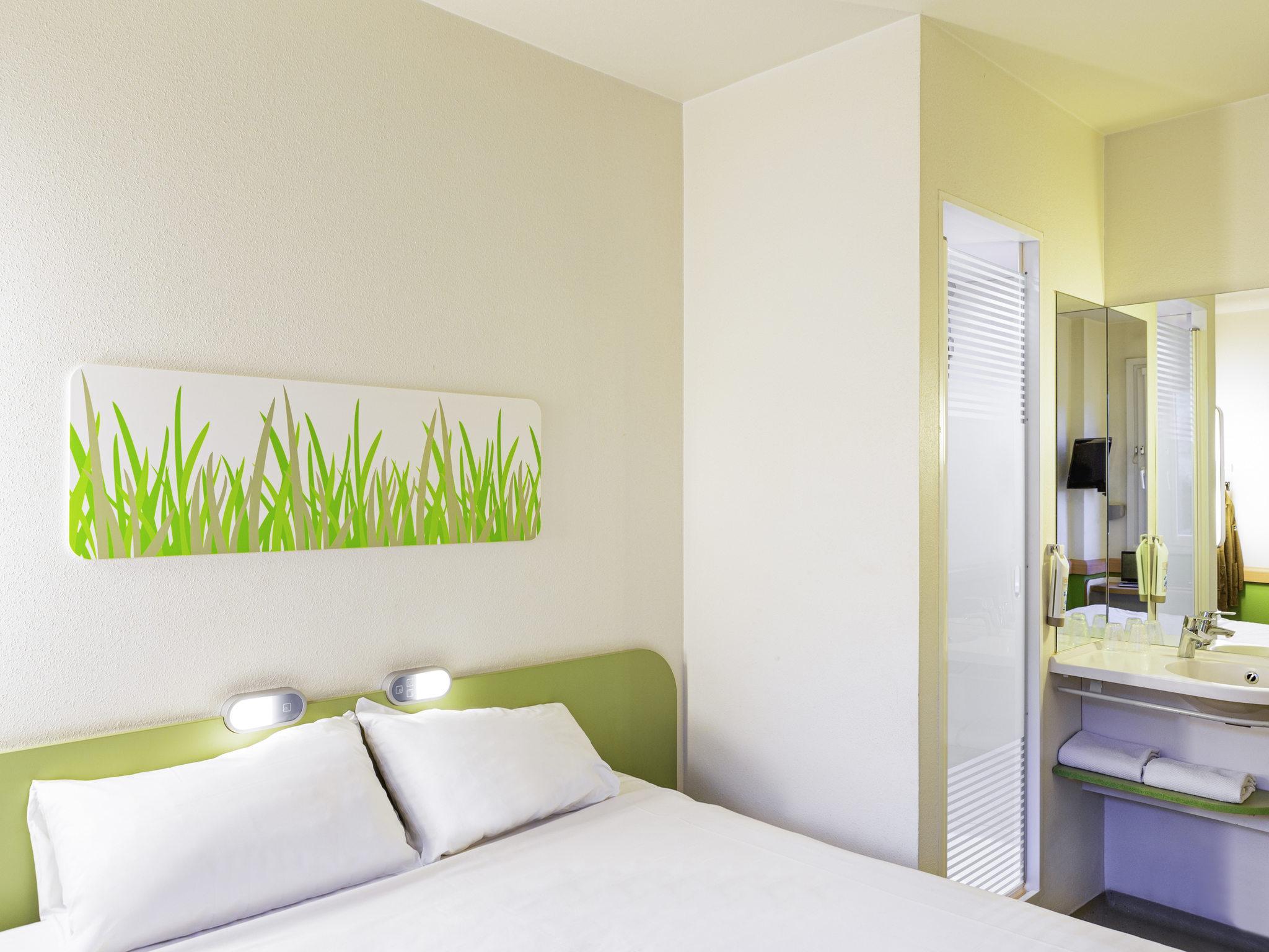 Отель — ibis budget Oviedo