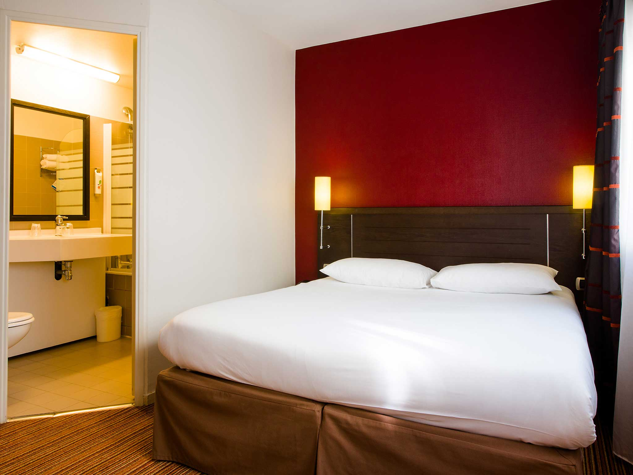 Hotell – ibis Styles Nantes Centre Place Royale