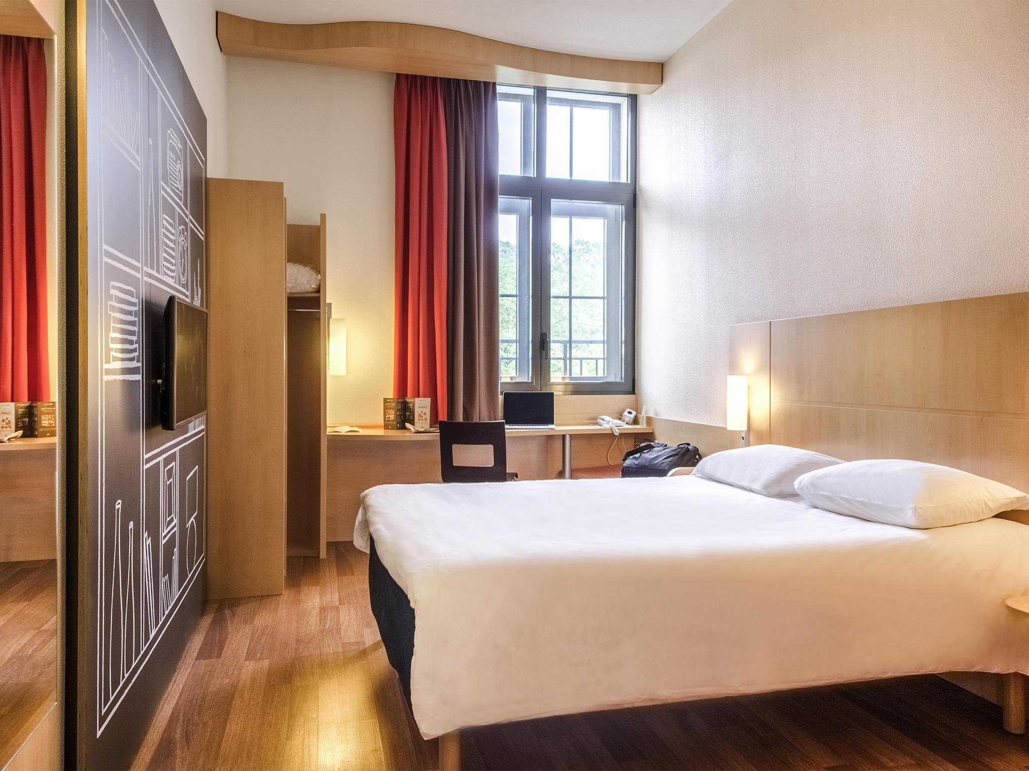 Отель — ibis Sarlat
