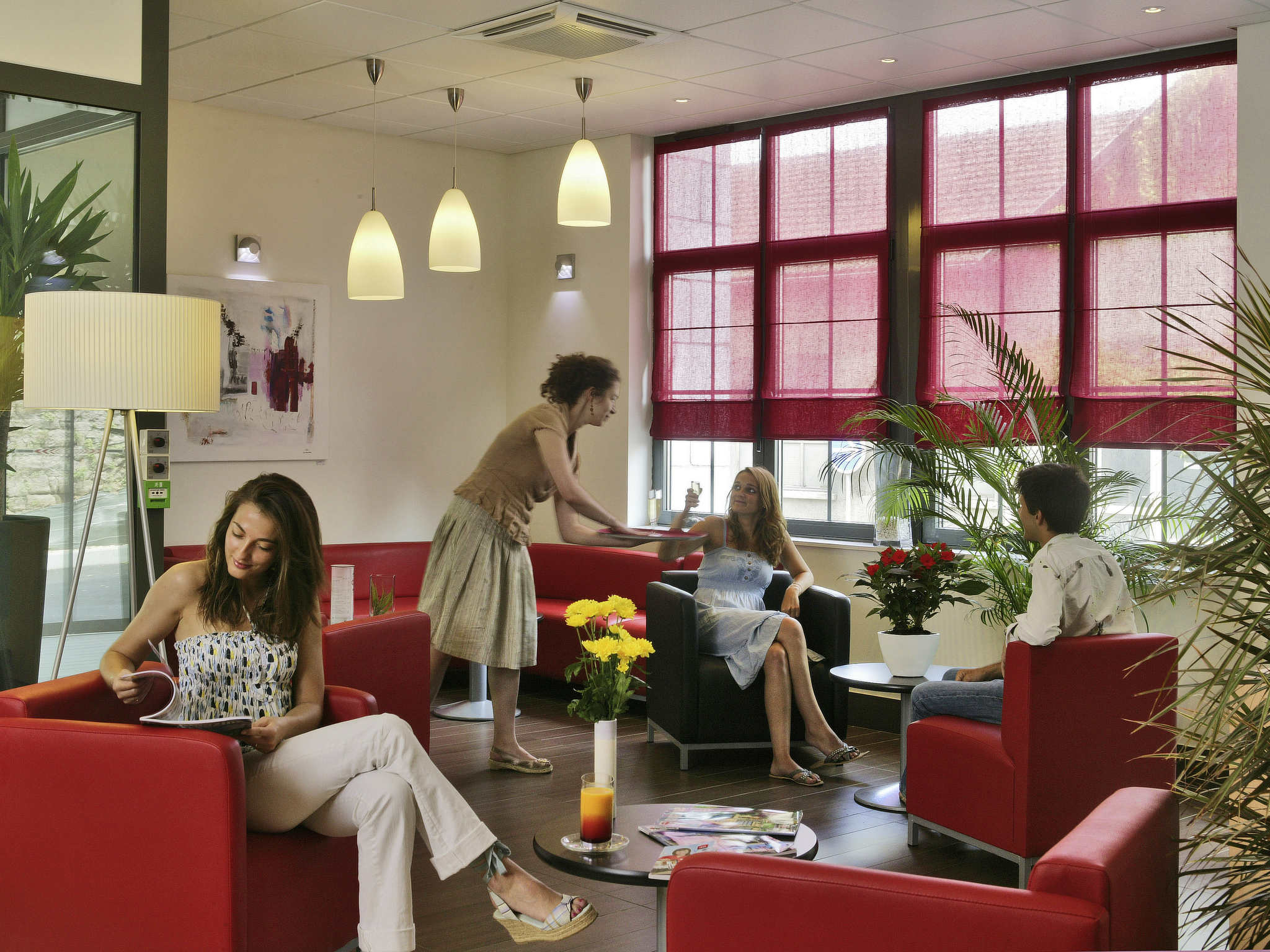 Free hotel ibis sarlat with location appart hotel sarlat for Appart hotel ibis