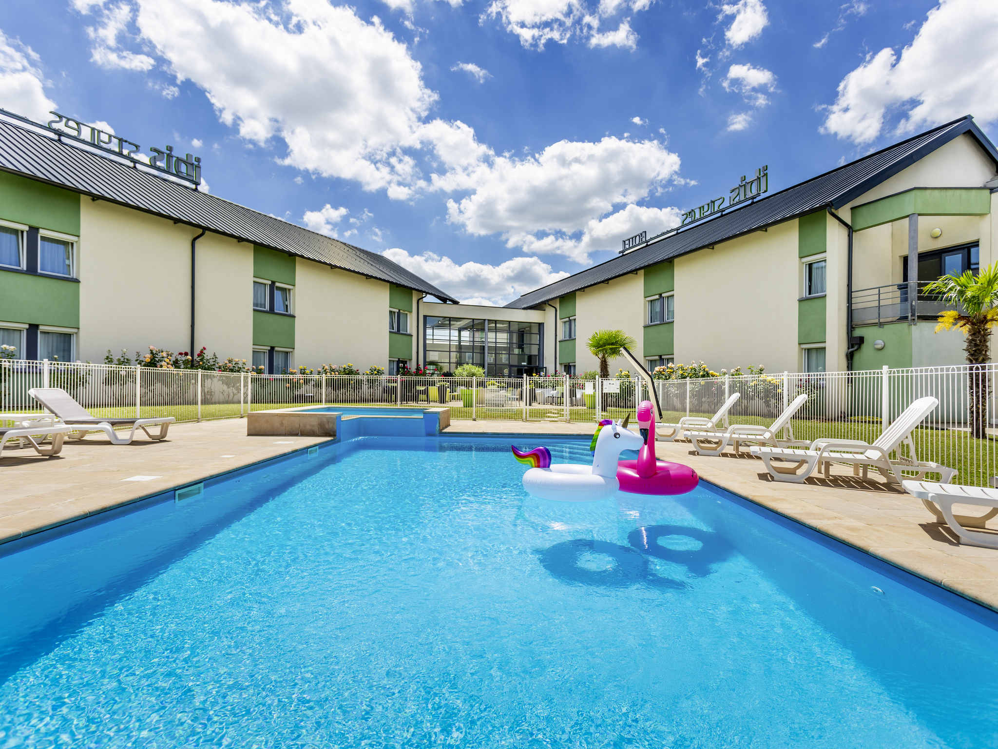 Hotell – ibis Styles Bourges