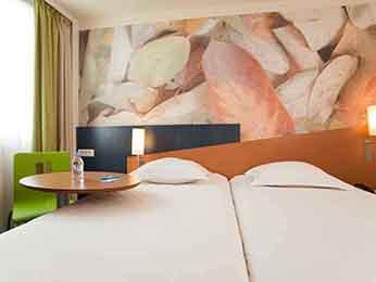hotel pas cher la chapelle saint mesmin ibis styles orleans