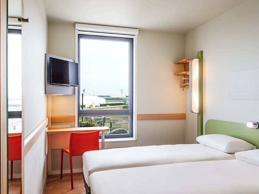 Hotel pas cher orly ibis budget paris coeur d 39 orly airport - Prix chambre ibis budget ...