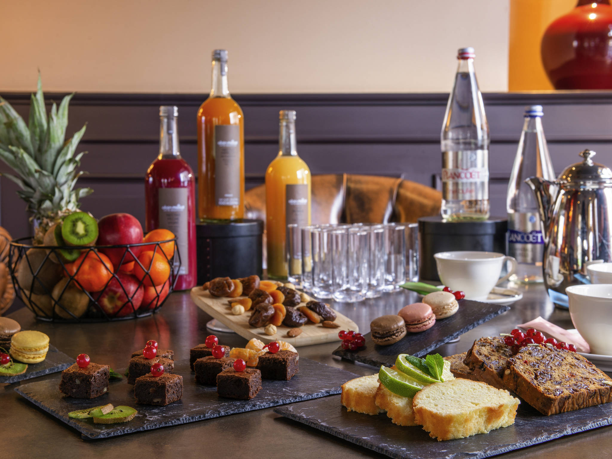 Bar  Royal Meraude Dinard  Mgallery By Sofitel
