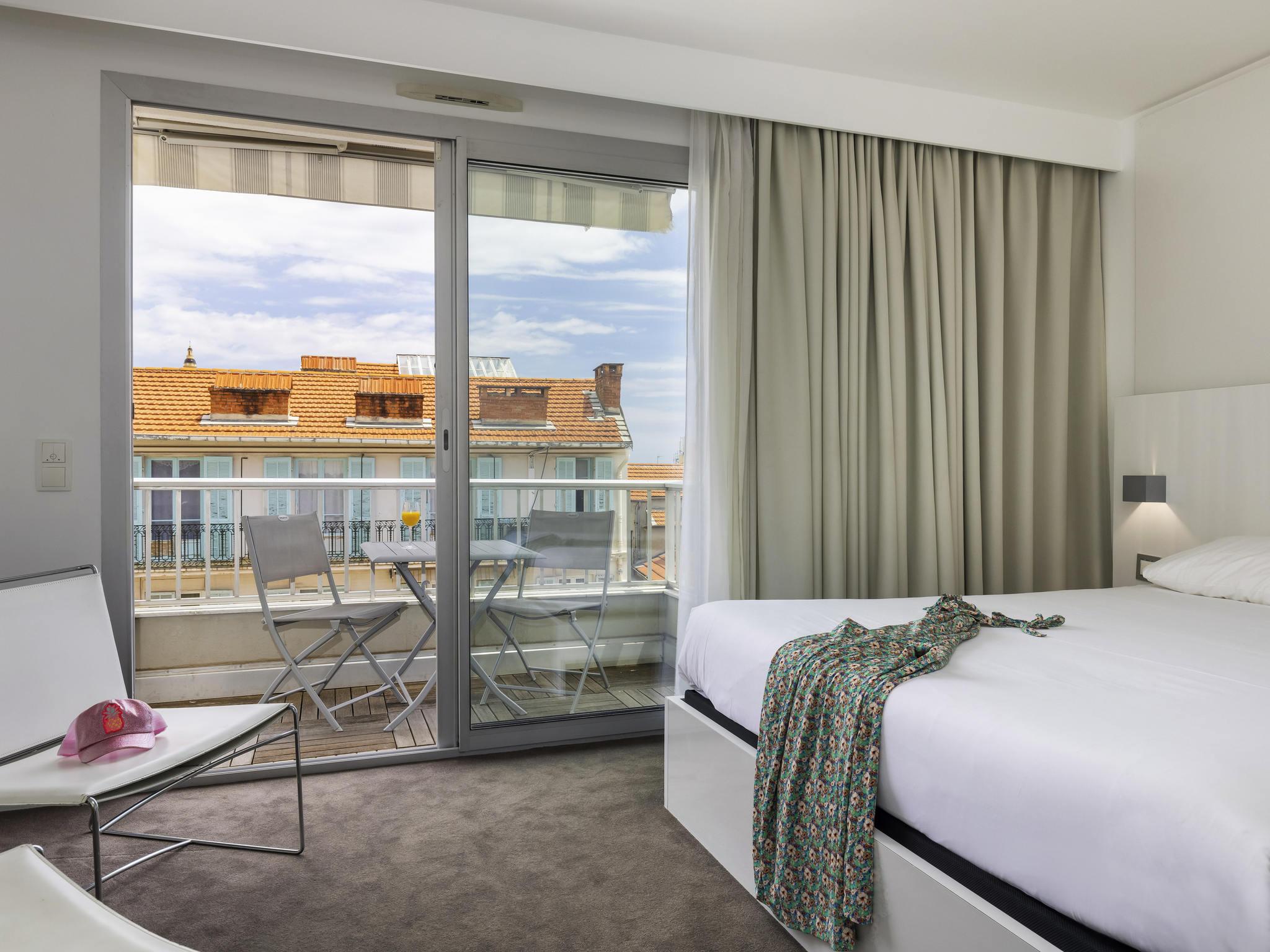 Menton France Lodging -  hotel ibis styles menton centre