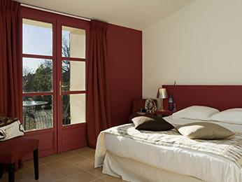 Hôtel Mercure Aix-en-Provence Sainte-Victoire à CHATEAUNEUF LE ROUGE