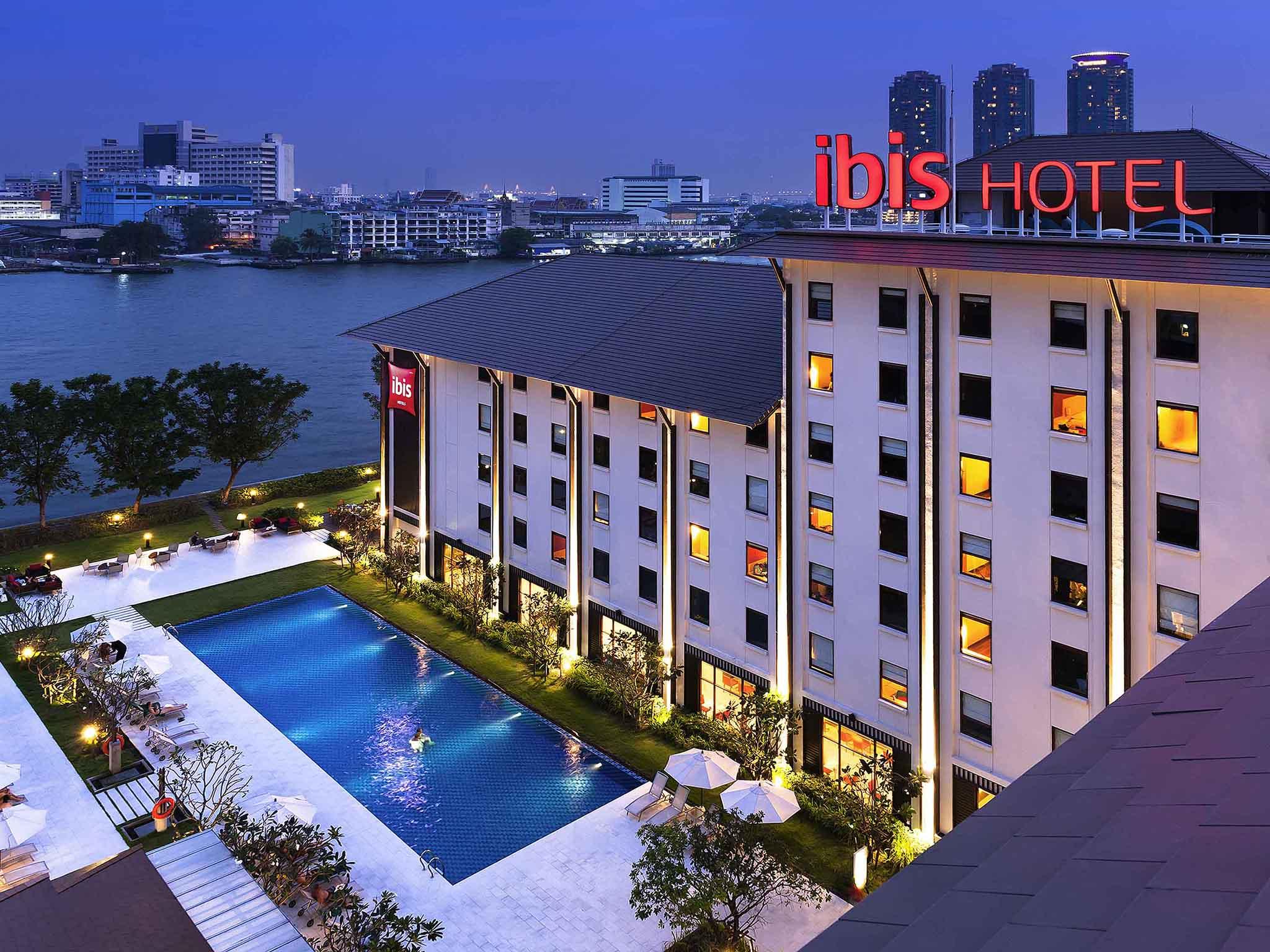 Hotell – ibis Bangkok Riverside