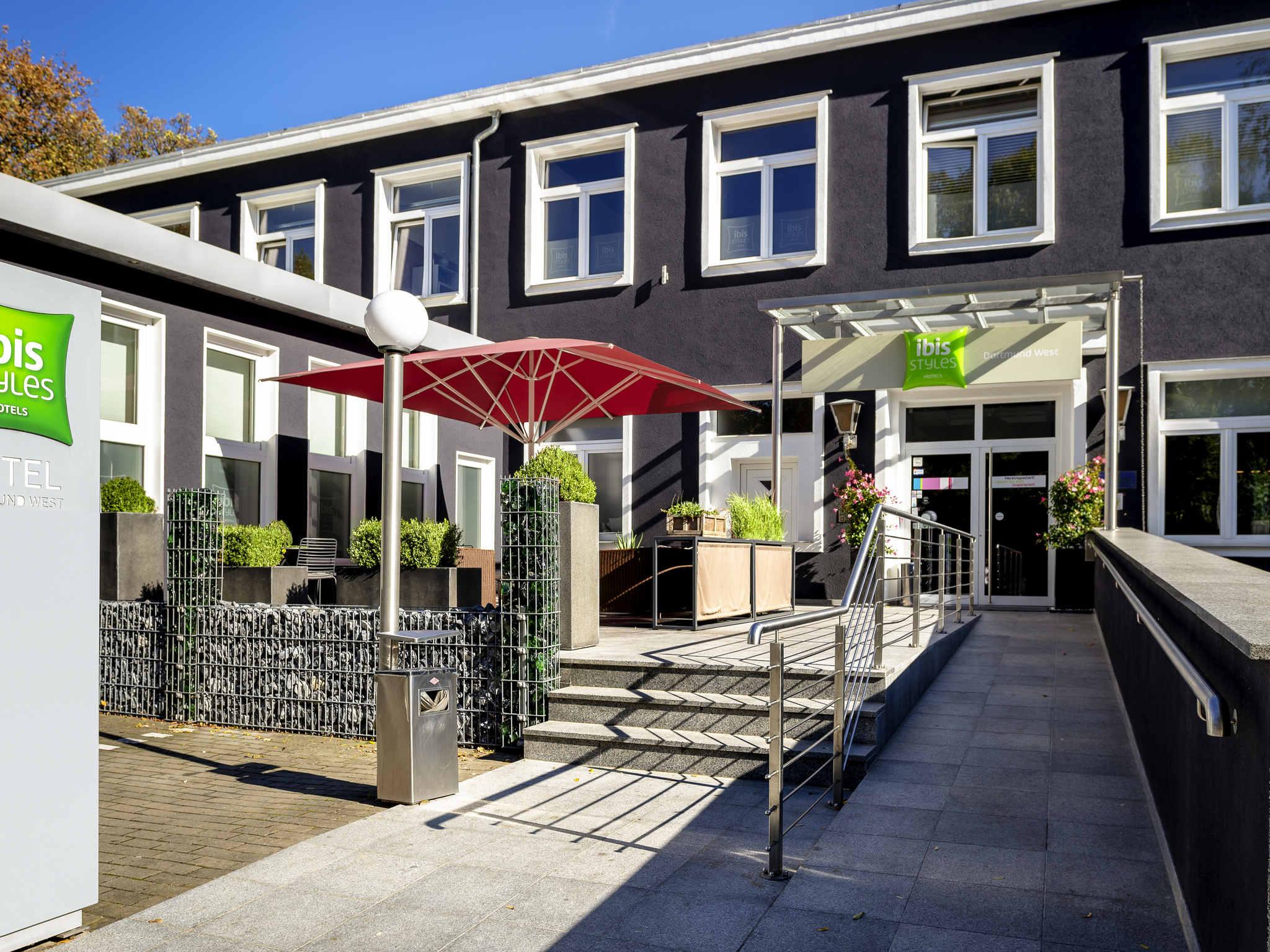 Отель — ibis Styles Dortmund West