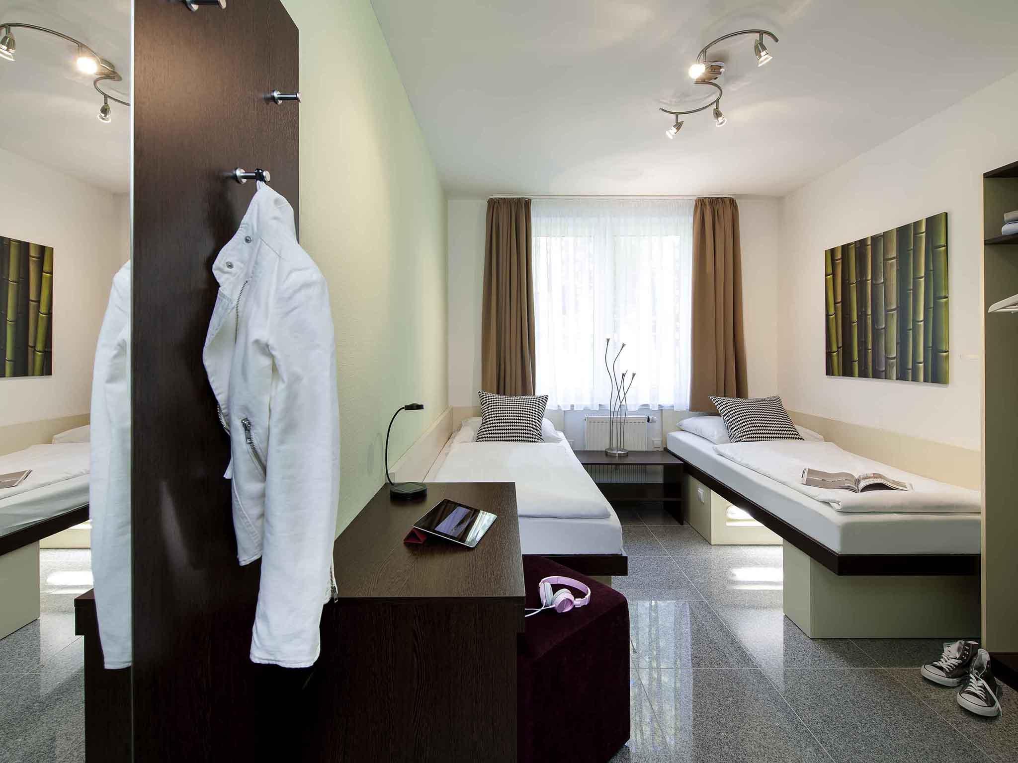 Hotel in dortmund l tgendortmund ibis styles dortmund for Designhotel dortmund
