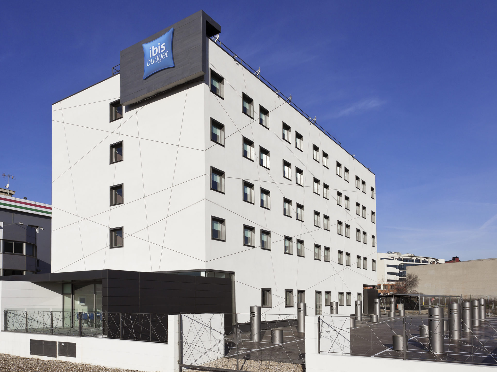 Hotel In Madrid Book At This Ibis Budget In Madrid Vallecas