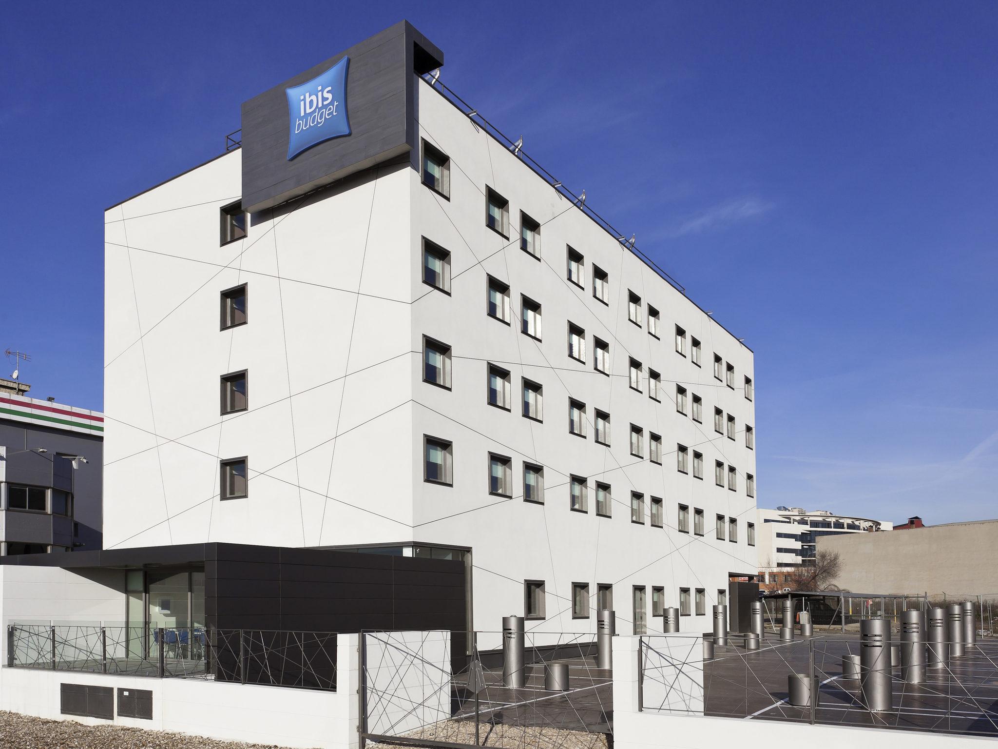 Отель — ibis budget Мадрид Вальекас