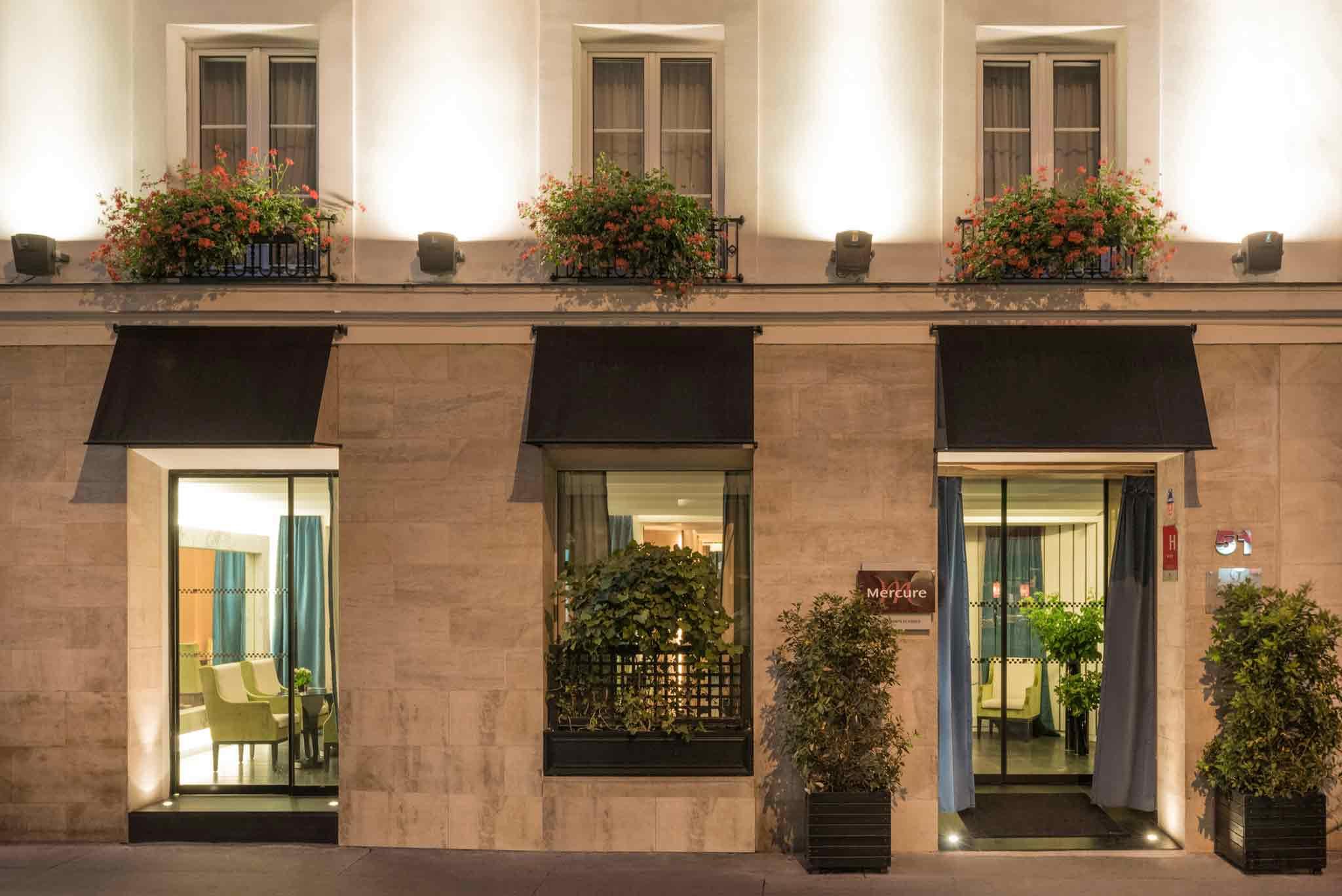 Отель — Mercure Париж Елисейские поля