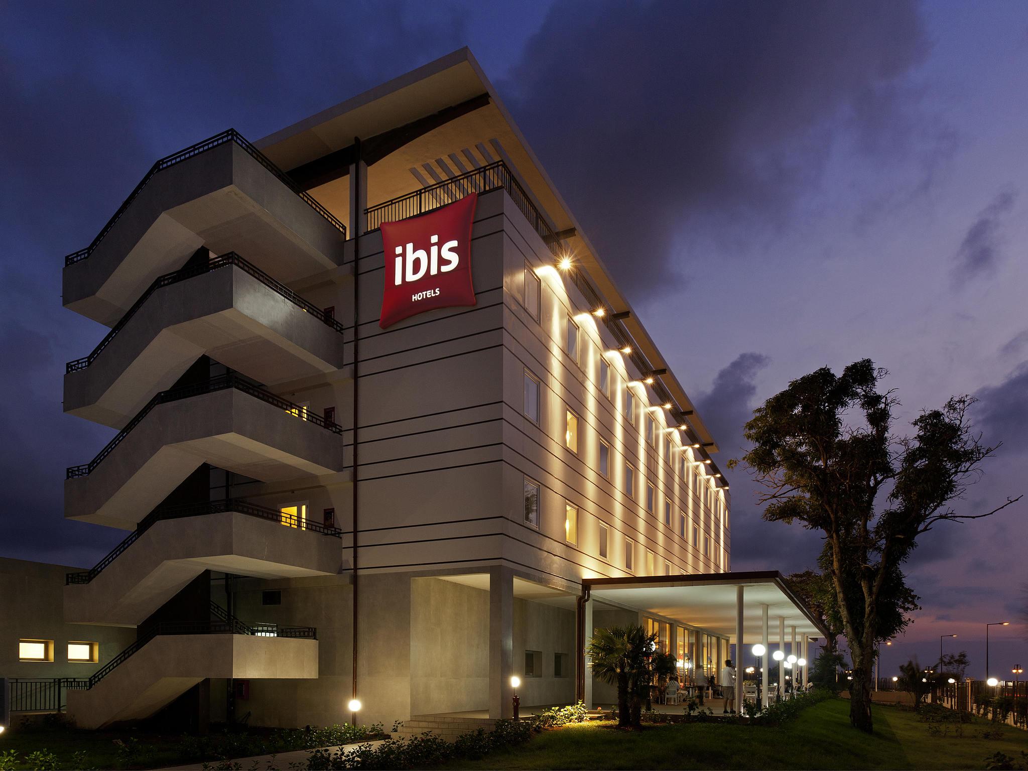 โรงแรม – ibis Bata