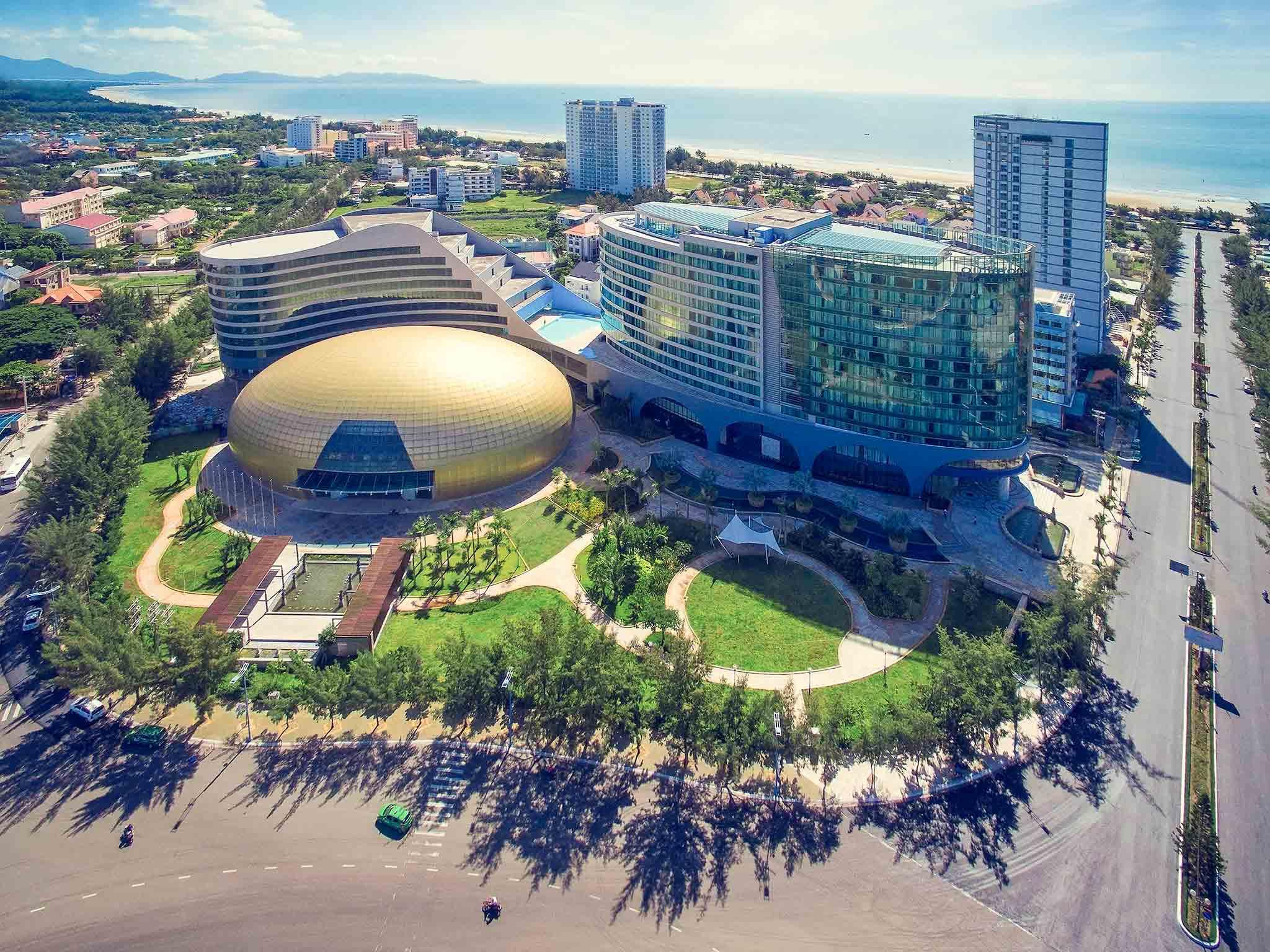 โรงแรม – พูลแมน หวุงเต่า