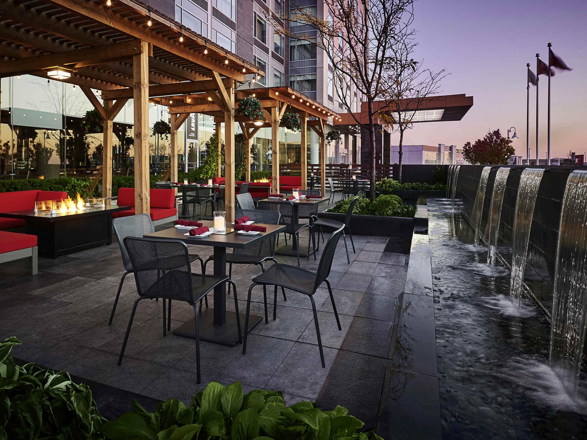 Hotel in Vaughan - Novotel Toronto Vaughan