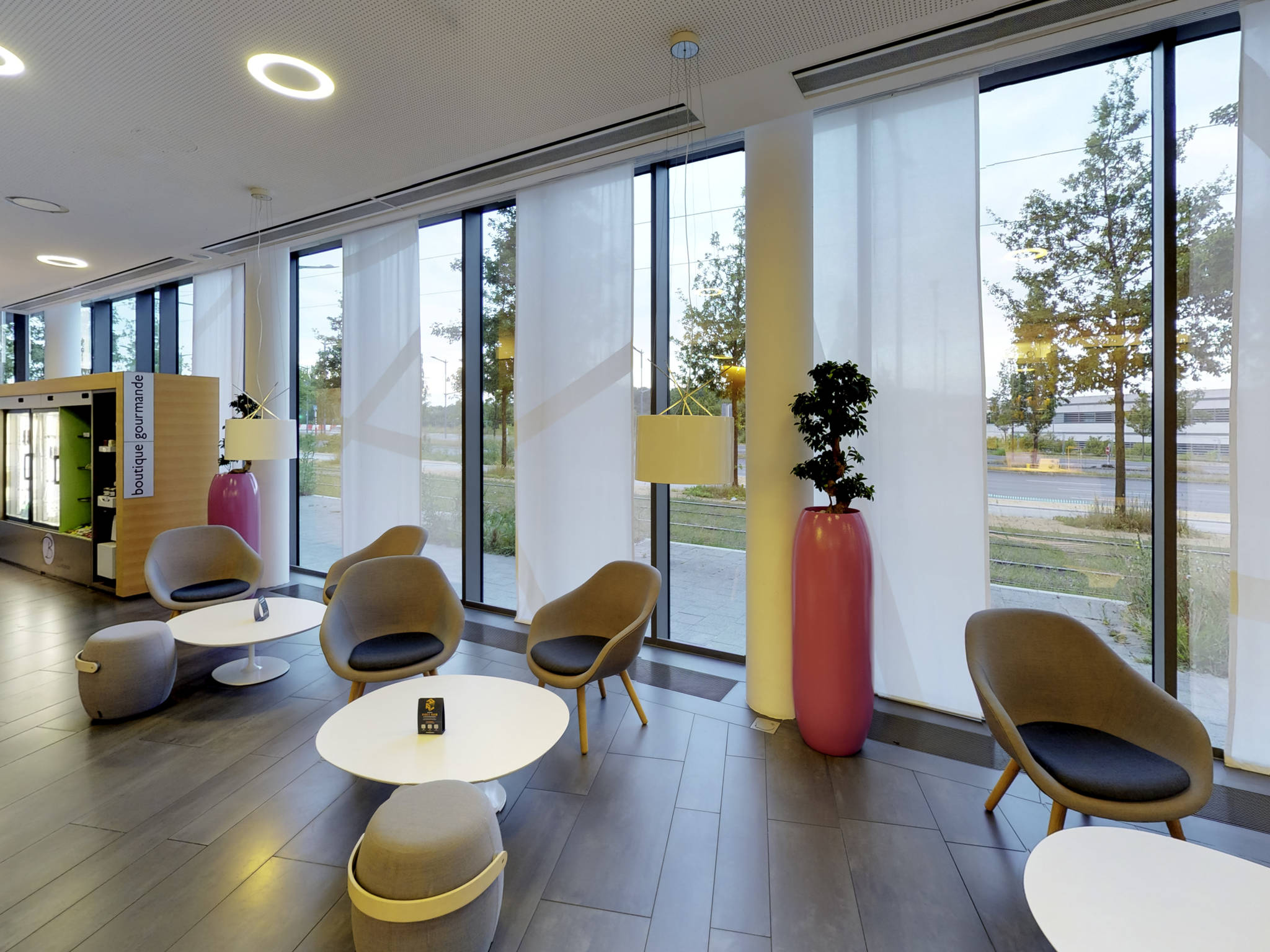 Otel – Novotel Suites Luxembourg