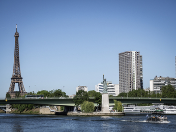 Destination - Pullman Paris Tour Eiffel