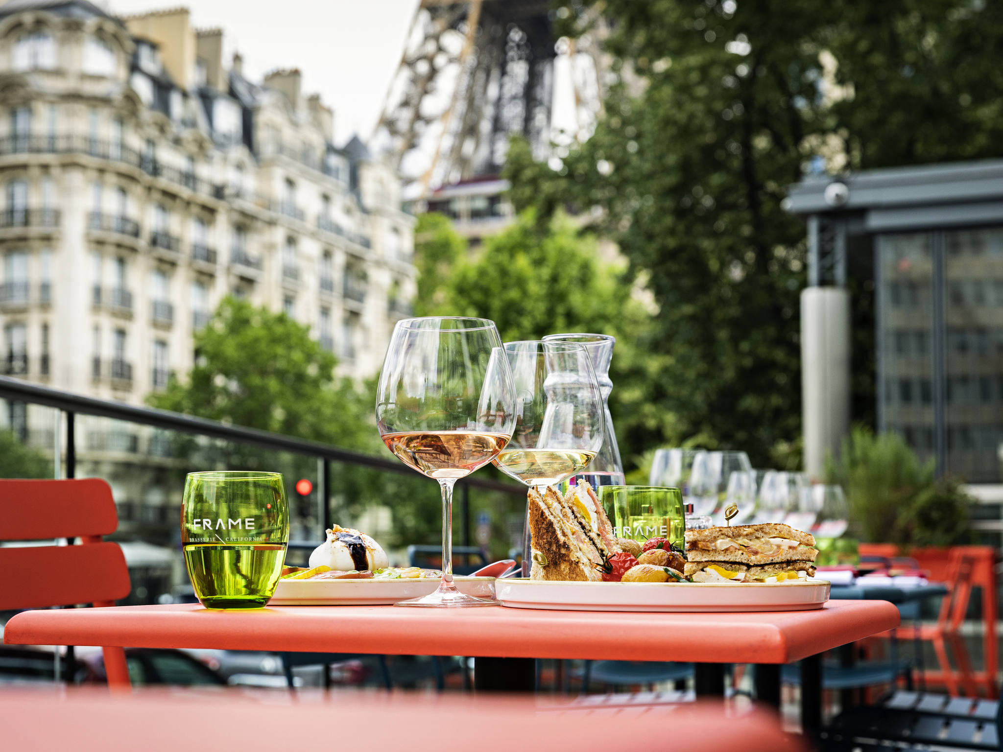 Отель — Pullman Париж Эйфелева башня