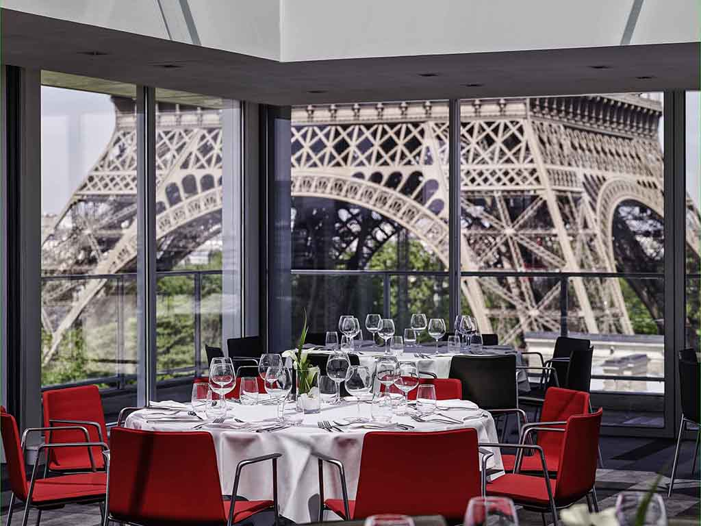 restaurants bars vinoteca pullman paris tour eiffel. Black Bedroom Furniture Sets. Home Design Ideas