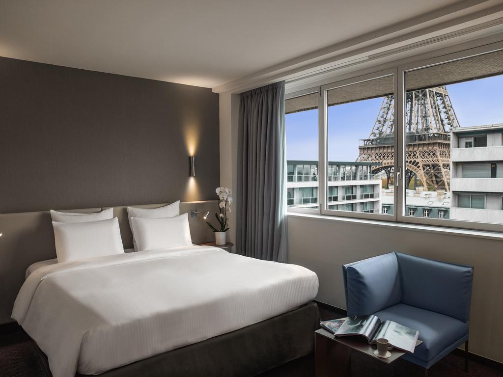 Hotel in Paris - Pullman Paris Eiffel Tower - AccorHotels