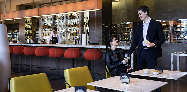 Restaurants Bars Vinoteca Pullman Paris Eiffel Tower