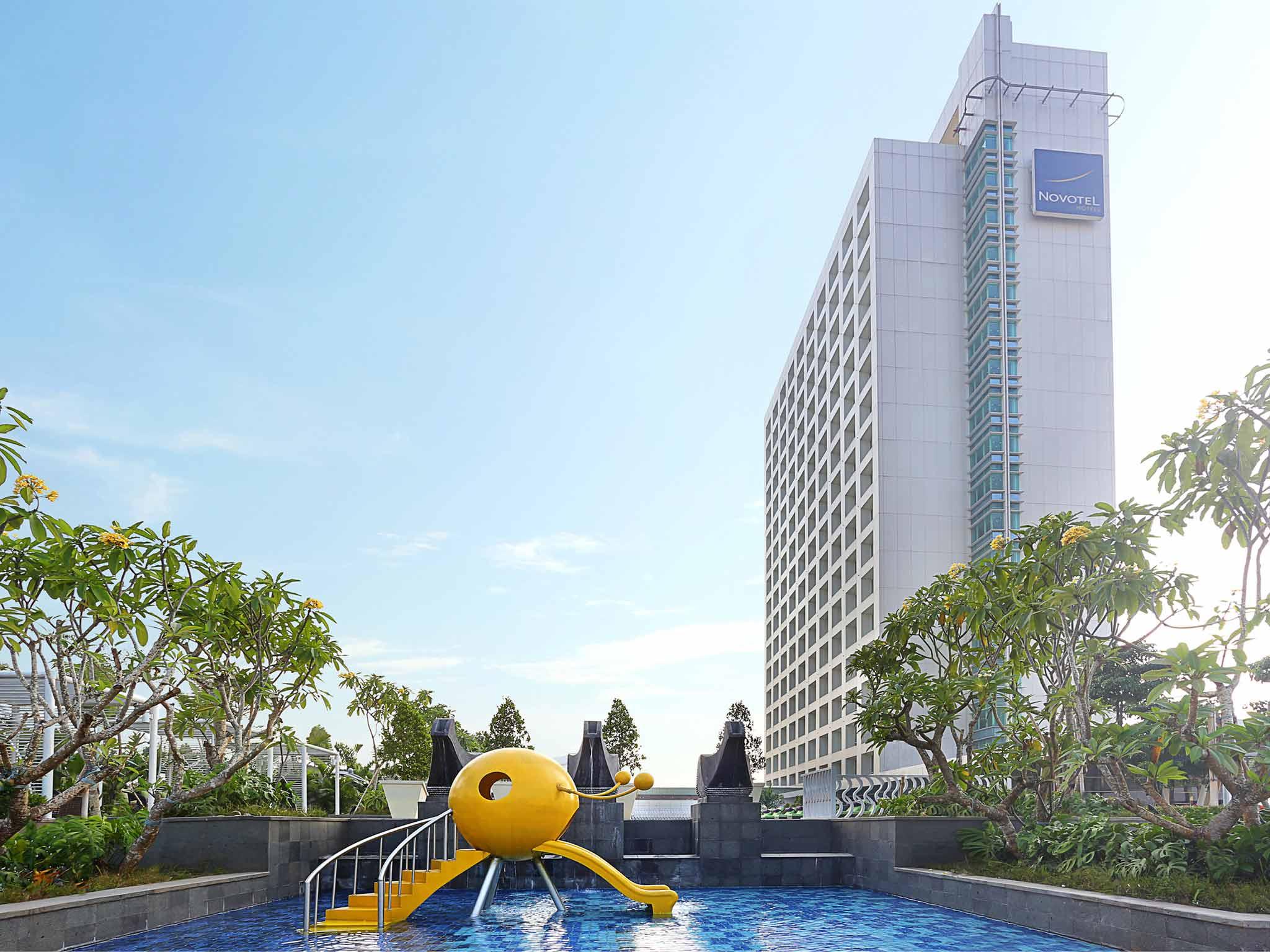 Отель — Novotel Тангеранг