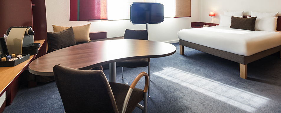 Hotel reims novotel suites reims centre for Boutique hotel reims