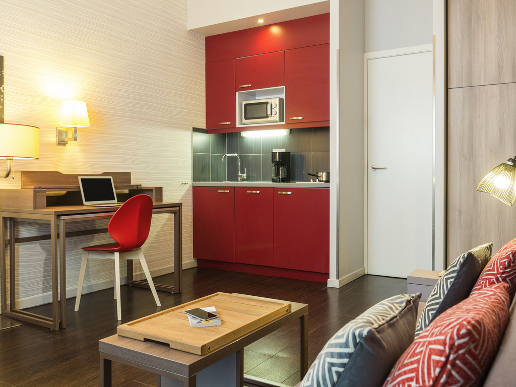 Adagio Koln City Aparthotel Apart Hotel In Brussels Self Catering Apartment In The City