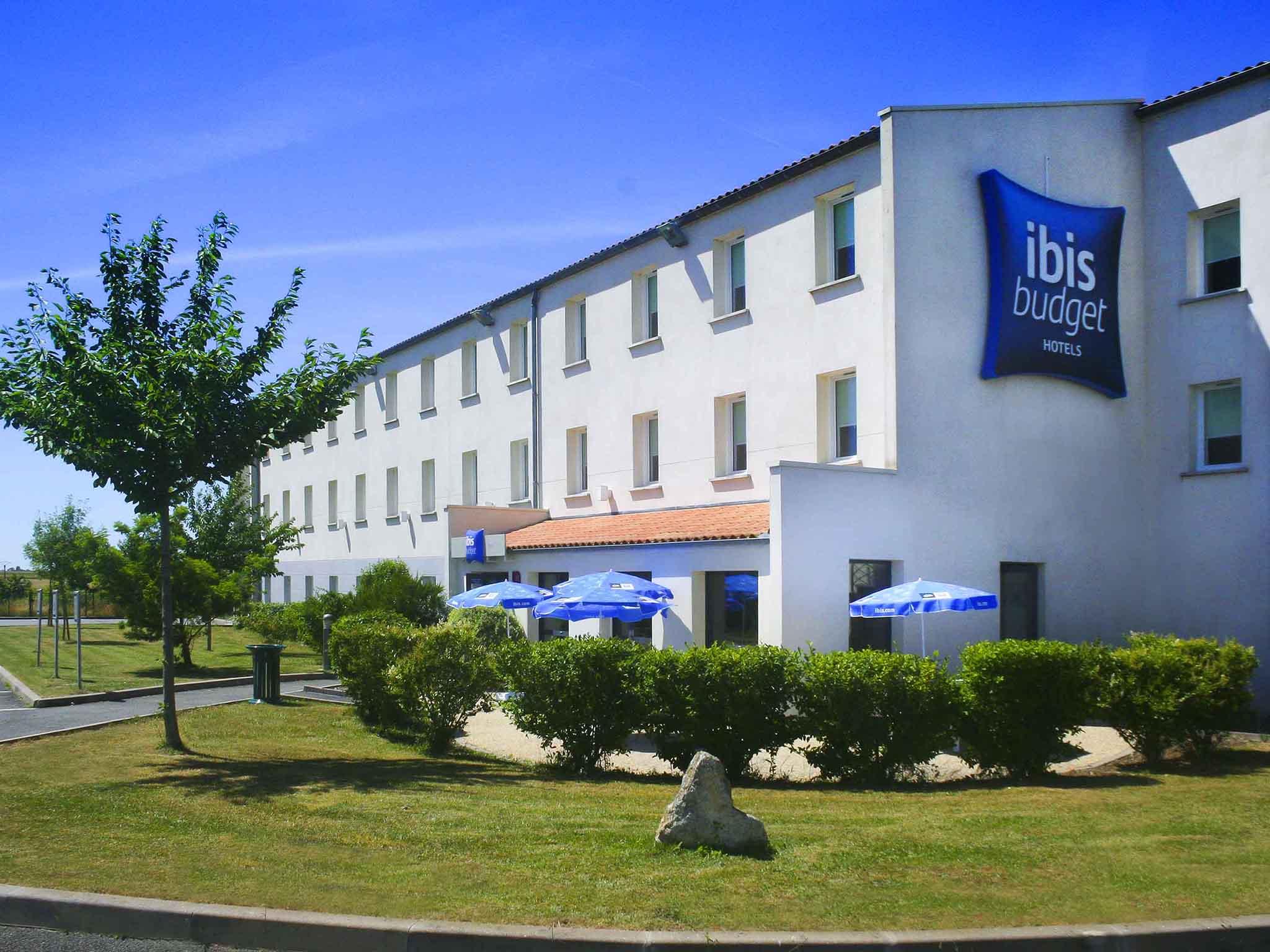 Hôtel - ibis budget Niort Est La Crèche