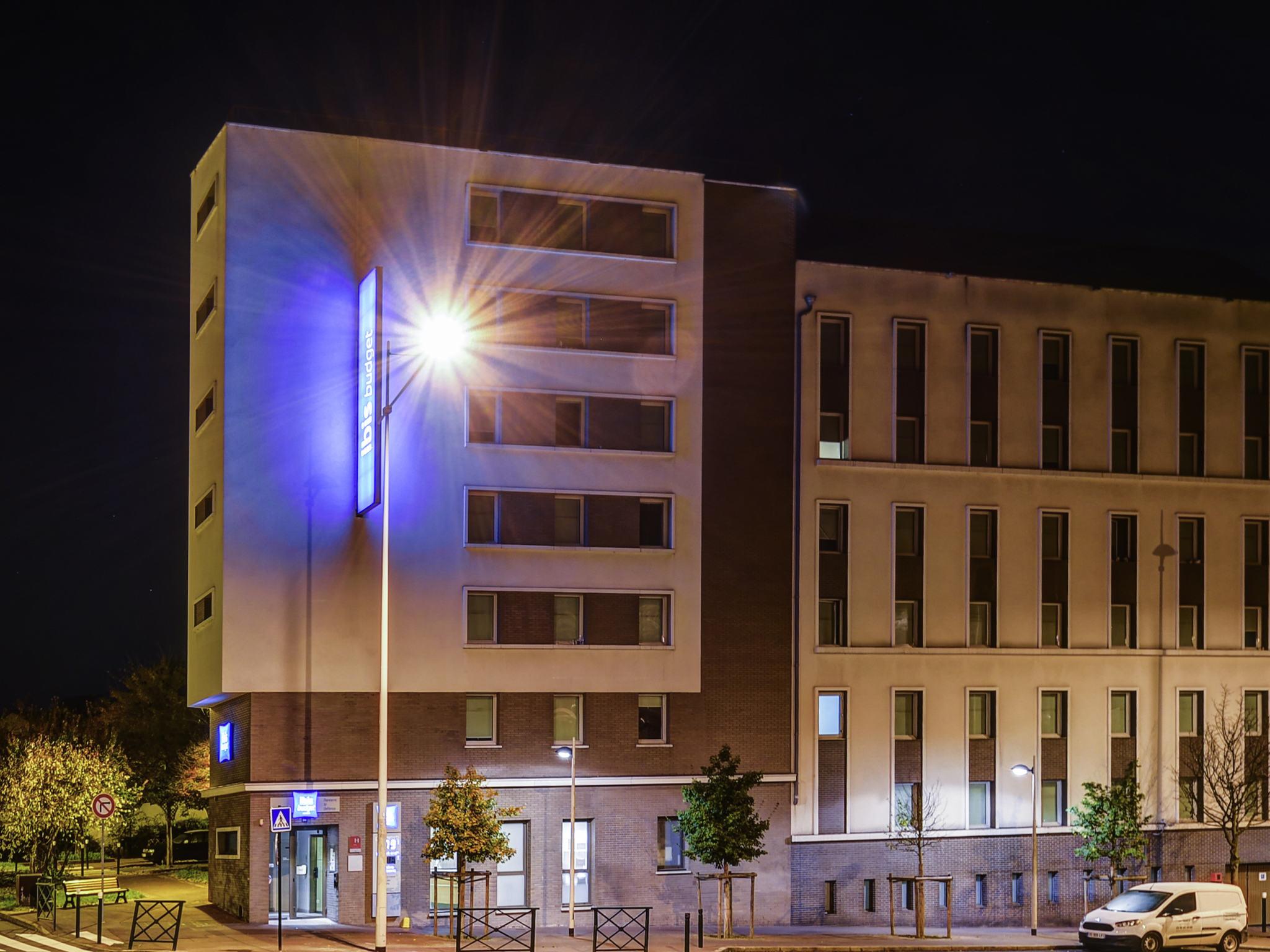 Отель — ibis budget Нантер Ла Дефанс