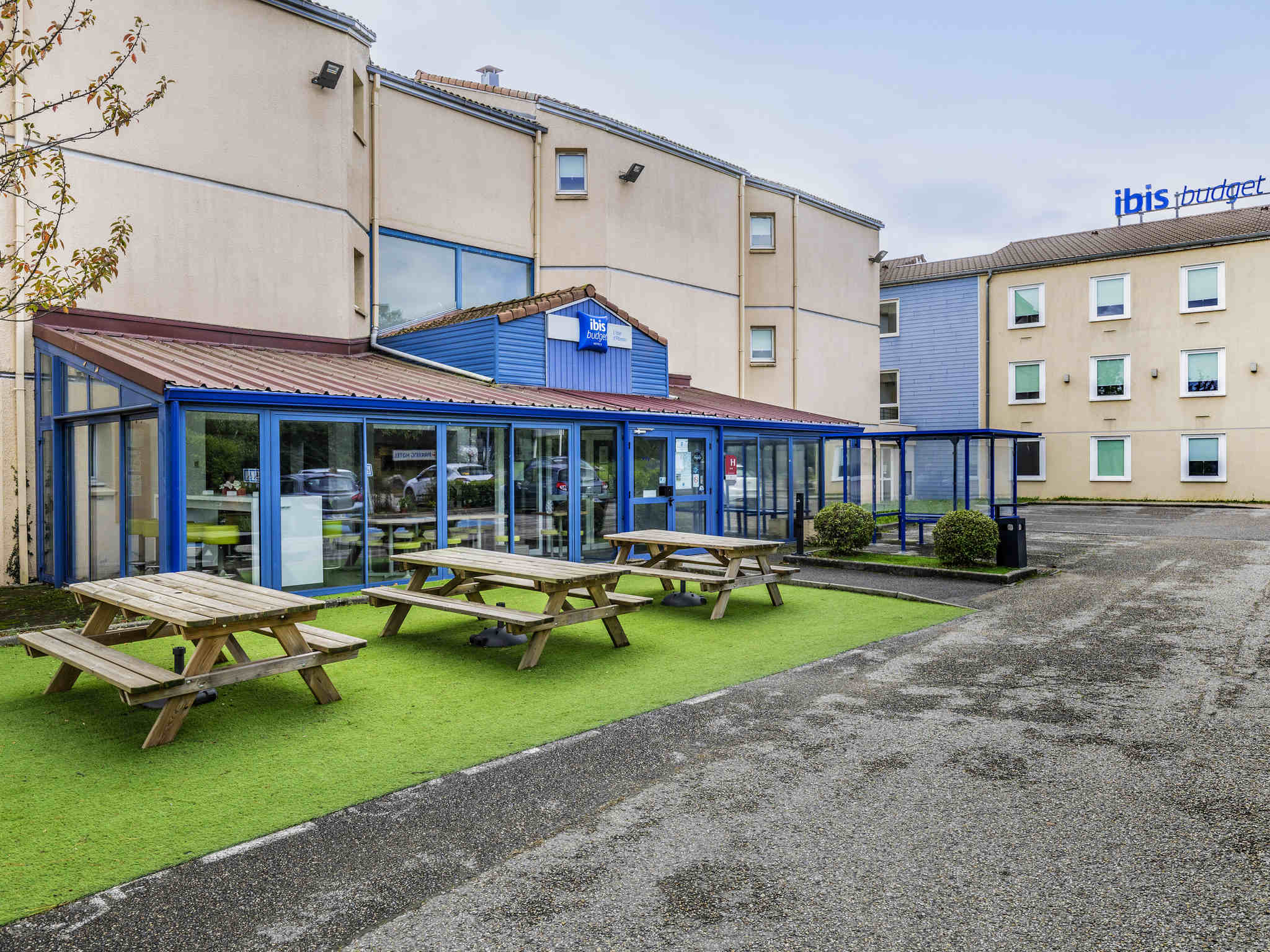 Hotel Ibis Budget Lyon L Isle D