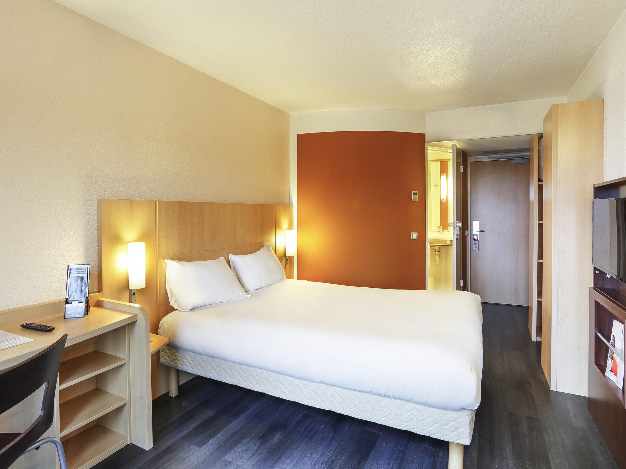 hotel in etampes ibis etampes