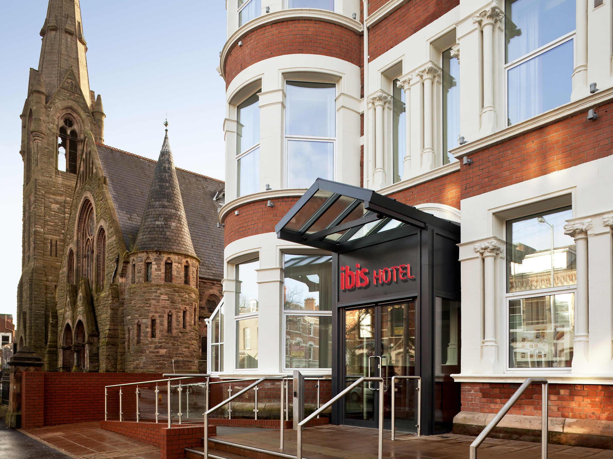 Отель — ibis Belfast Queens Quarter