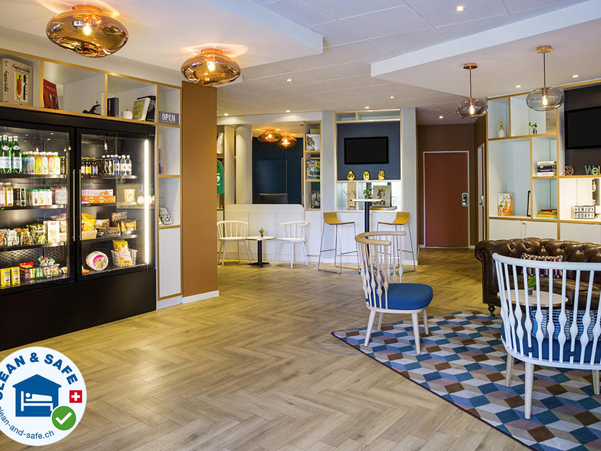 โรงแรม – ไอบิส เชอแนฟ เปอตี ล็องซี