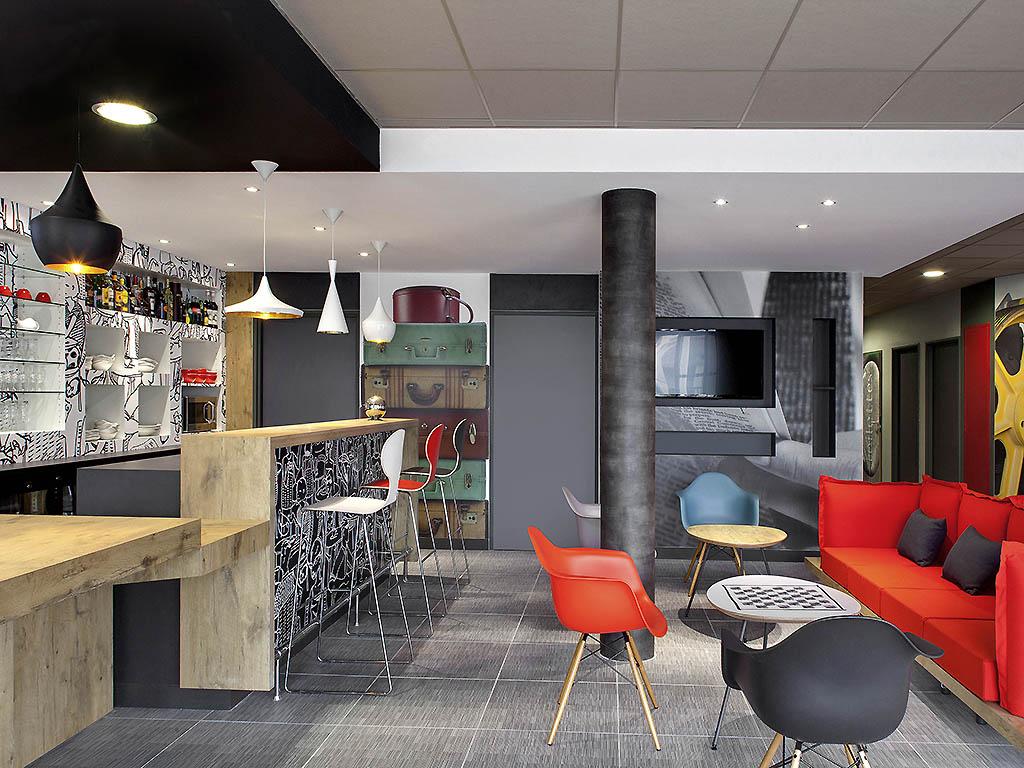 hotel pas cher riom ibis clermont ferrand nord riom. Black Bedroom Furniture Sets. Home Design Ideas