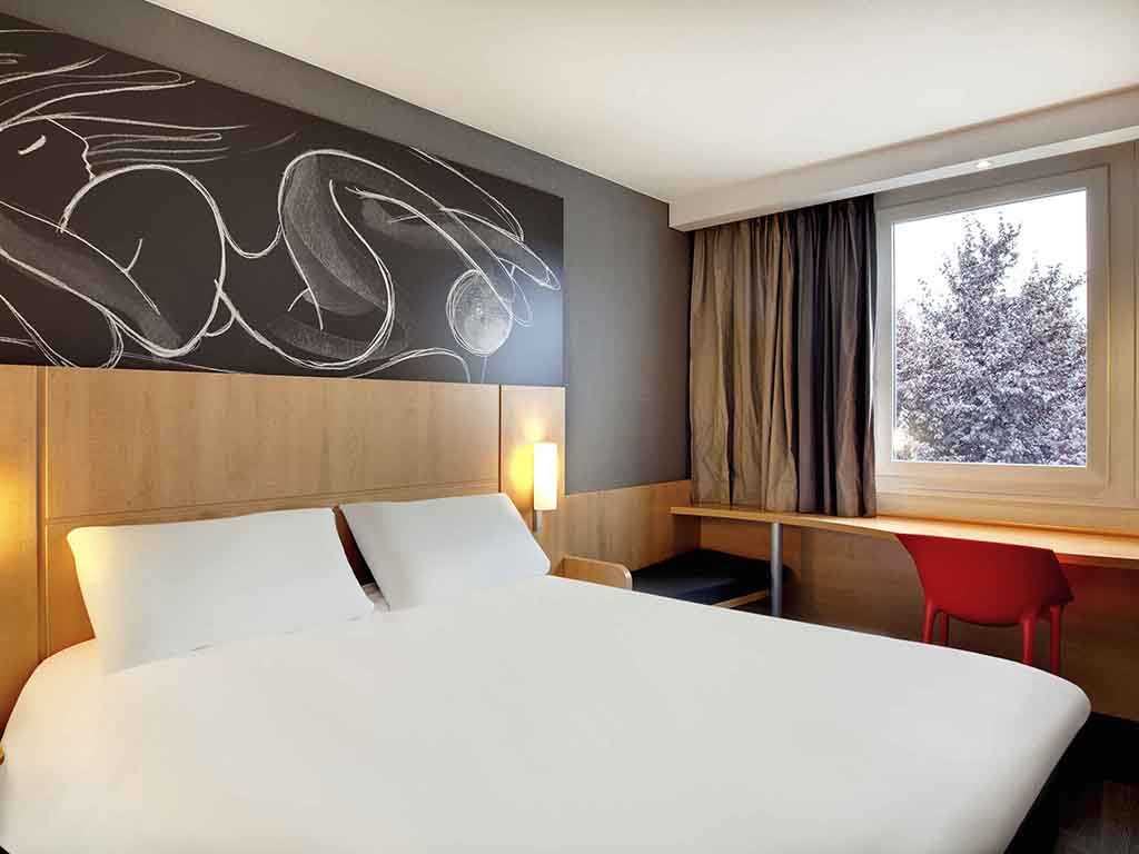 hotel pas cher riom ibis clermont ferrand nord riom. Black Bedroom Furniture Sets. Home Design Ideas
