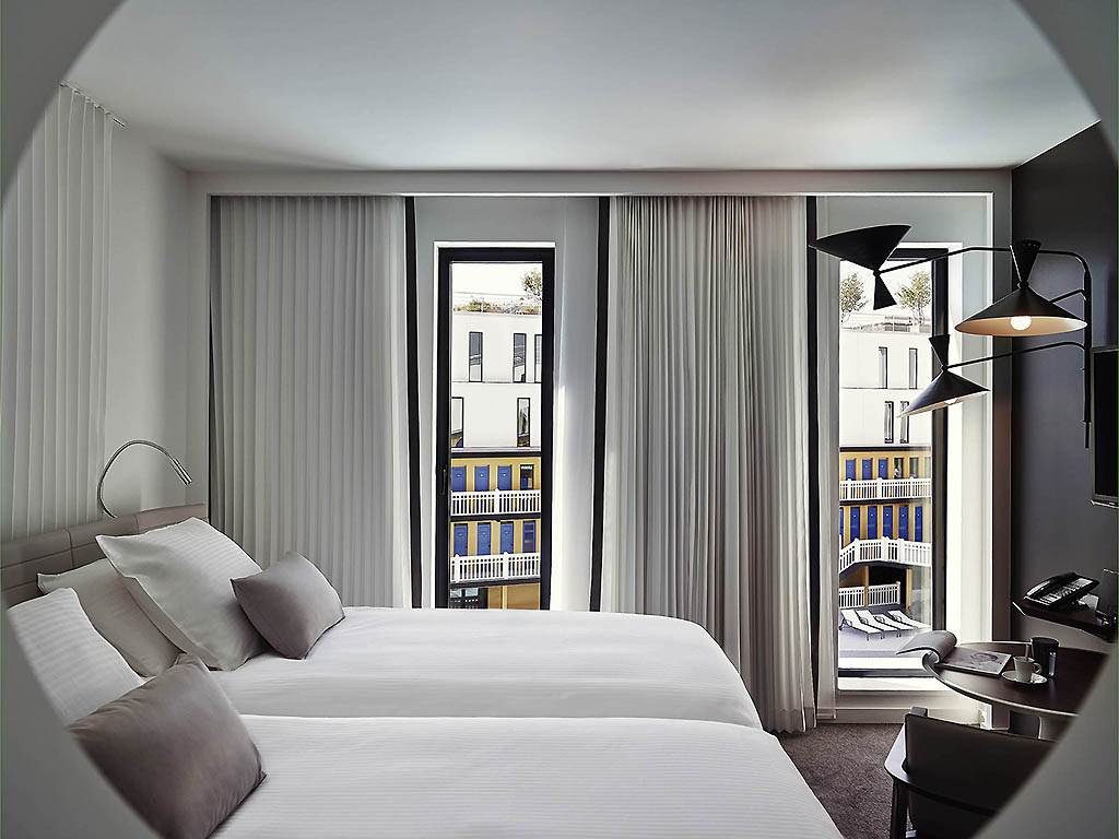 Luxury hotel paris h tel molitor paris mgallery by sofitel for Hotel design paris 7
