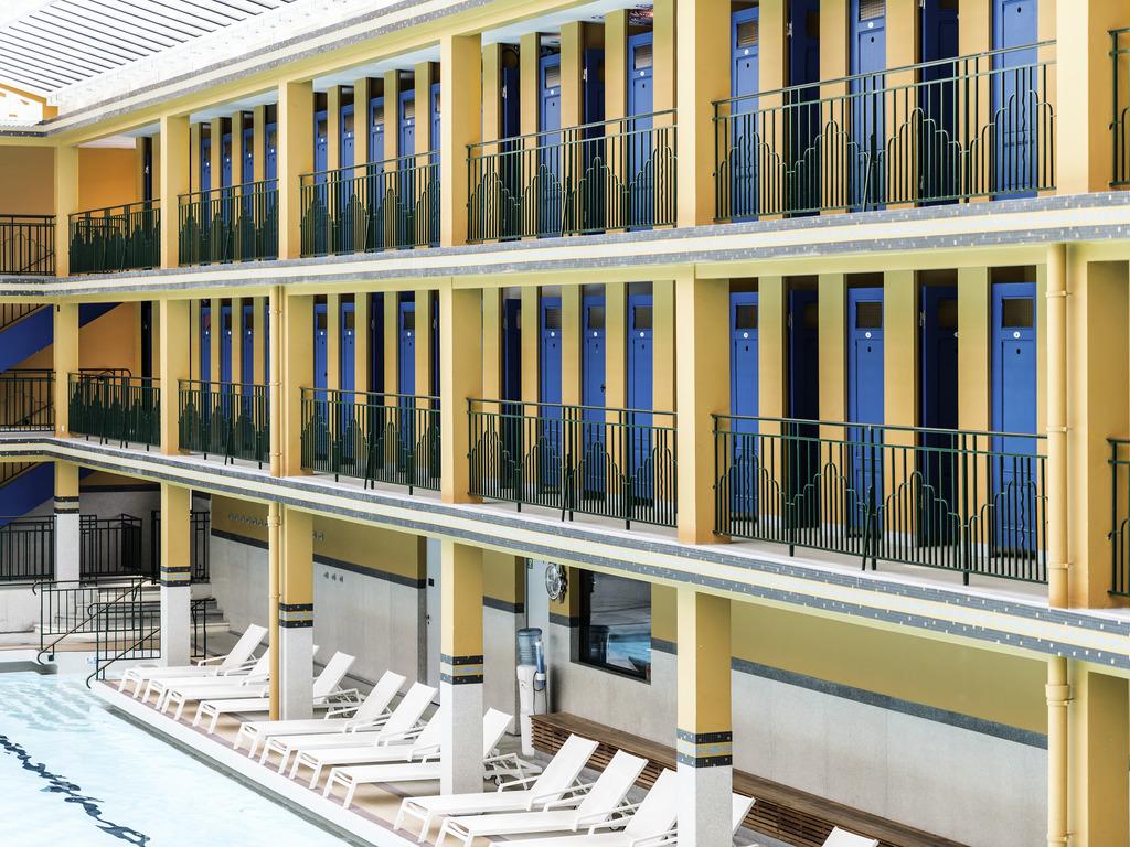 Luxury hotel paris h tel molitor paris mgallery by sofitel for Molitor hotel paris